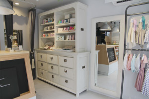 Shelf,Mirror
